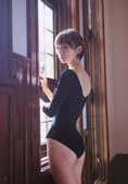 Weekly Young Jump 2011.05 篠田麻里子:04.jpg