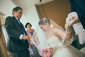 婚禮上的小小眼睛: