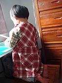 這件洋裝多麼適合柔柔啊~:小阿姨妳不要偷照我哦~