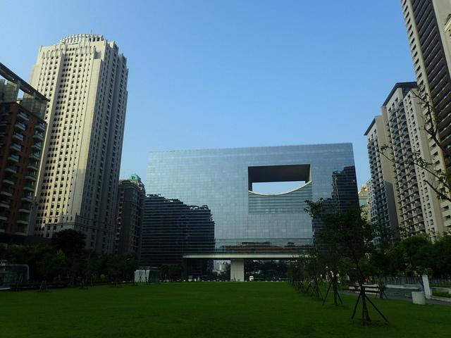P5127487.JPG - 台中  新市政大樓  晨光