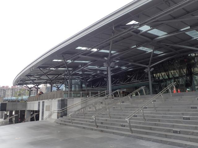 PB266225.JPG - 基隆  新火車站 夜景色