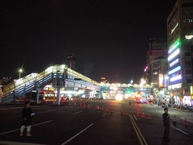 DSC_8085.JPG - 基隆  新火車站 夜景色