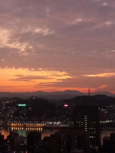 DSC_8199.JPG - 基羅  中正公園  夕照
