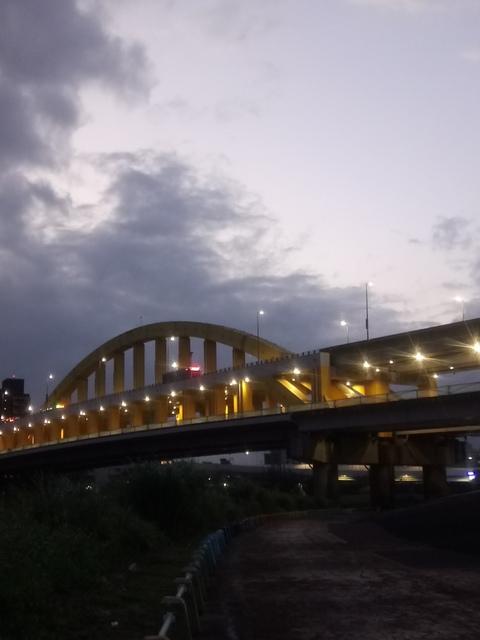 DSC_3516.JPG - 松山  彩虹橋之夜