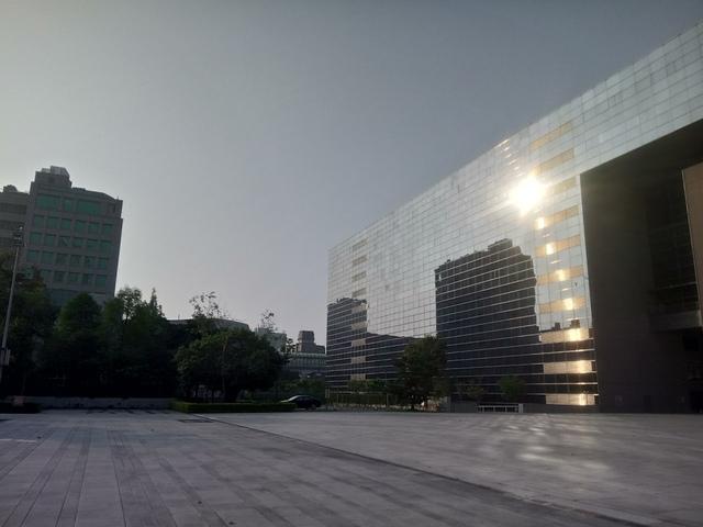 DSC_1346.JPG - 台中  新市政大樓  晨光