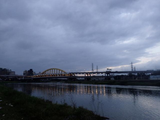P1264241.JPG - 松山  彩虹橋之夜