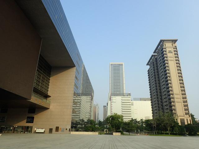 P5127445.JPG - 台中  新市政大樓  晨光
