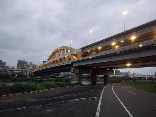 DSC_3506.JPG - 松山  彩虹橋之夜