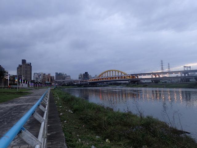 P1264237.JPG - 松山  彩虹橋之夜