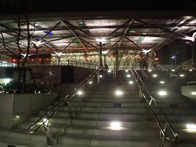 P9228121.JPG - 基隆  新火車站 夜景色