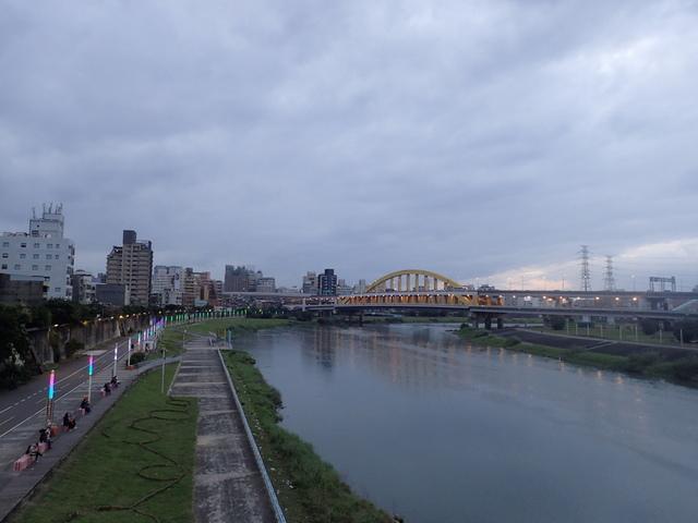 P1264245.JPG - 松山  彩虹橋之夜