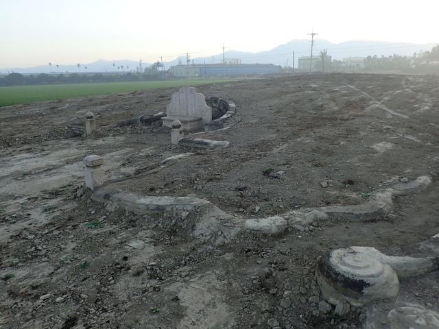 P2075379.JPG - 萬丹  太學生  李寵夫墓