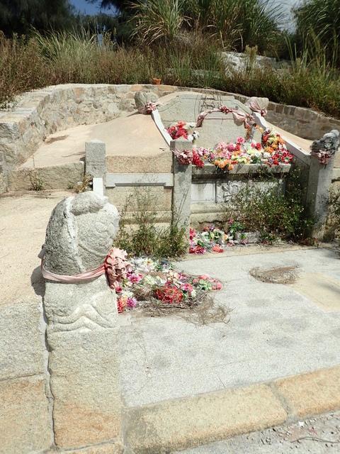 P9251597.JPG - 石湖  八甲郭氏祖墓群