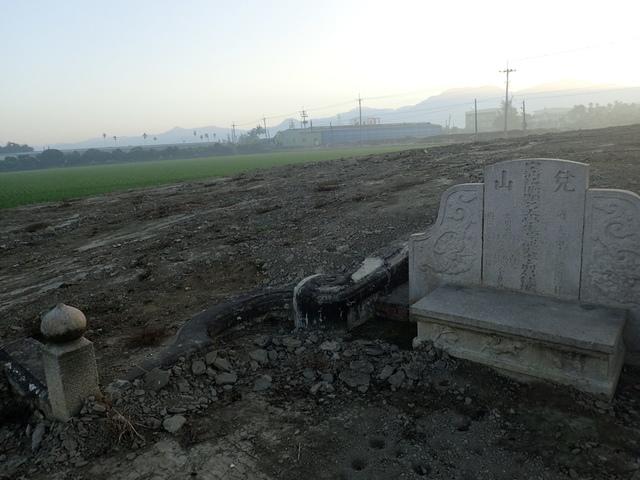 P2075404.JPG - 萬丹  太學生  李寵夫墓