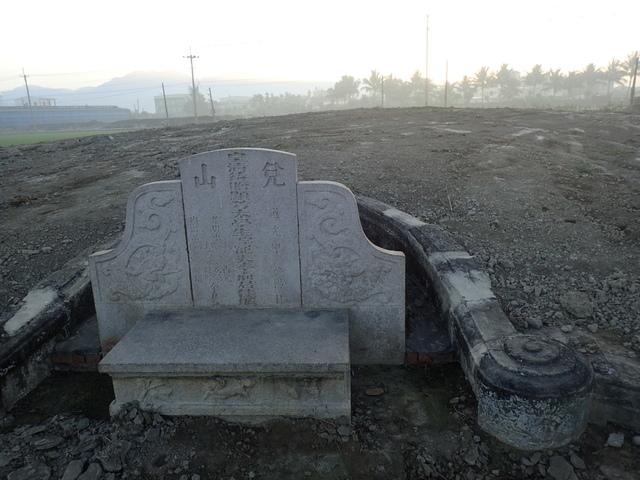 P2075401.JPG - 萬丹  太學生  李寵夫墓