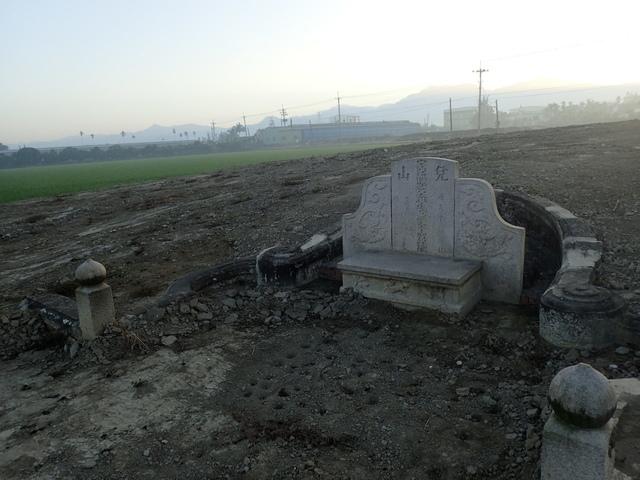 P2075406.JPG - 萬丹  太學生  李寵夫墓