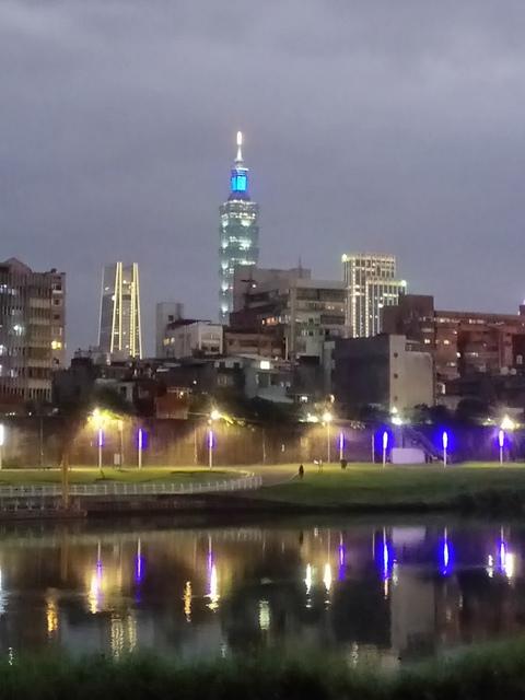 DSC_3520.JPG - 松山  彩虹橋之夜