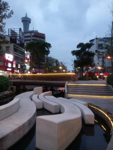 DSC_9973.JPG - 台中  街路隨拍  (15)