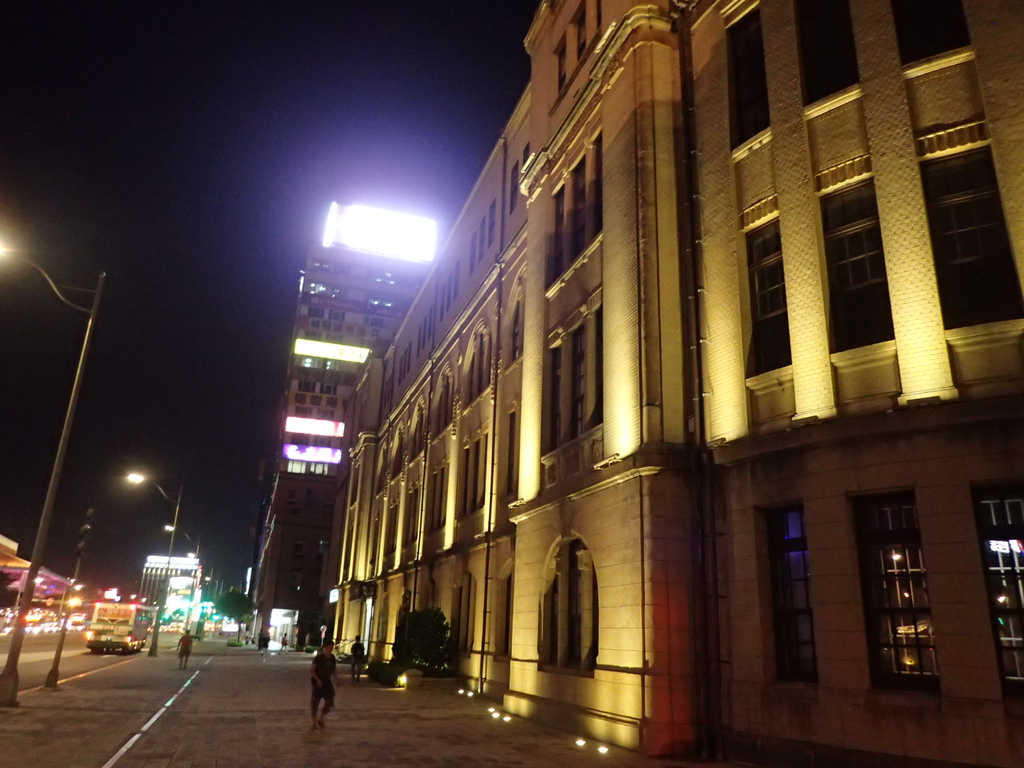 夜遊台北城之  臺北郵局:P8246923.JPG
