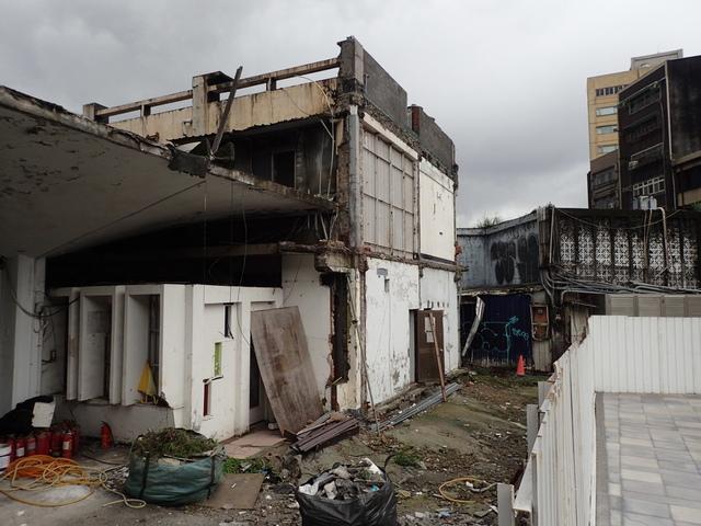 PB266224.JPG - 舊  基隆火車站  拆除期間