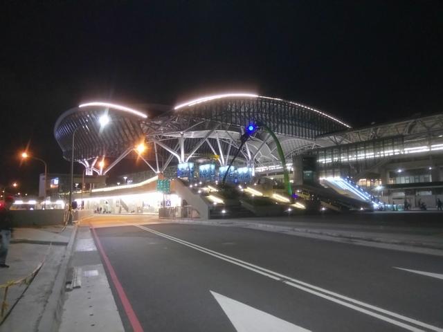 DSC_8857.JPG - 台中新火車站  夜色