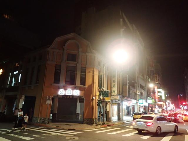 P8246996.JPG - 夜遊台北城之  榮町通