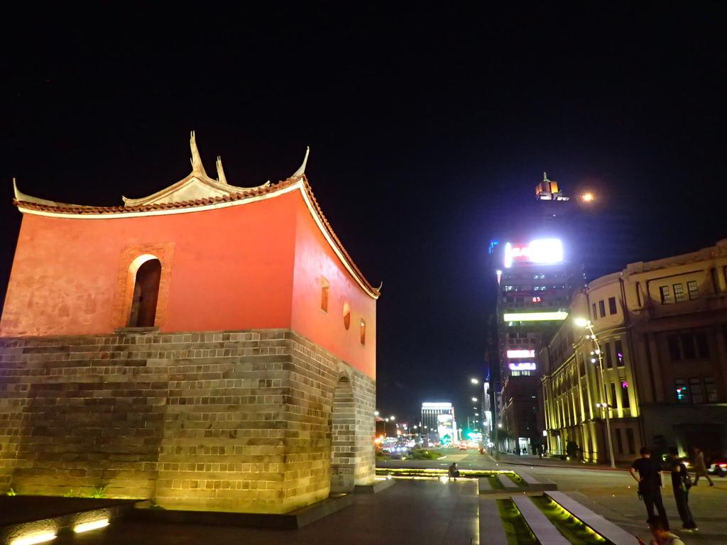 夜遊台北城之  北門:P8246941.JPG