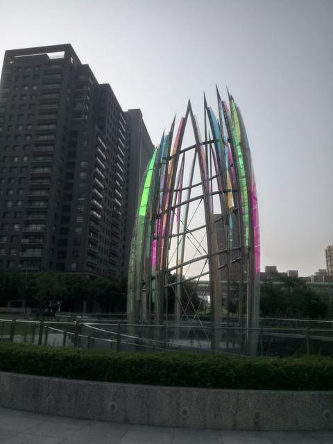 DSC_1347.JPG - 台中  新市政大樓  晨光