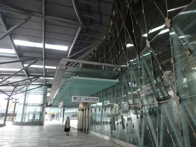 PB266243.JPG - 基隆  新火車站 夜景色
