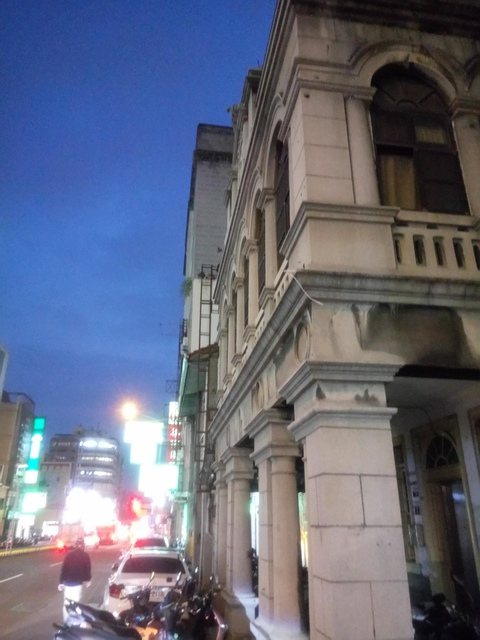 DSC_8809.JPG - 台中  街路隨拍  (15)