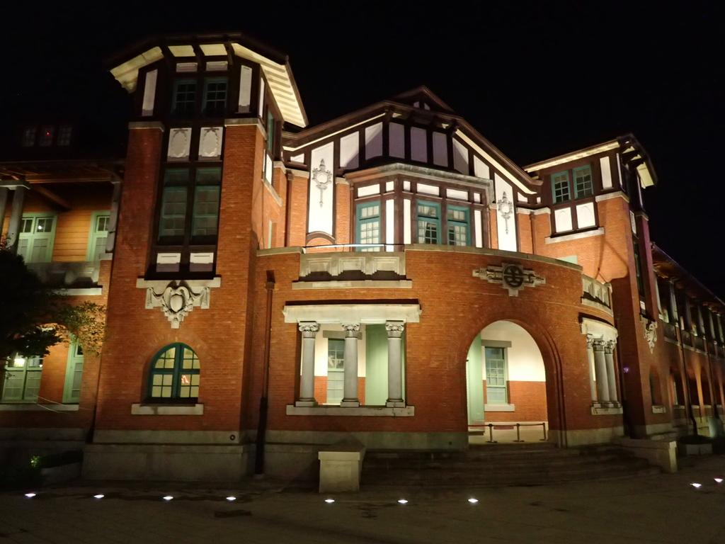 夜遊台北城之  鐵道部廳舍:P8246953.JPG