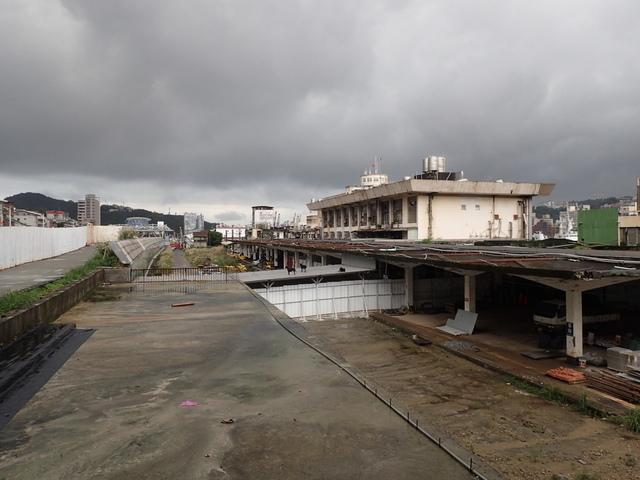 PB266231.JPG - 舊  基隆火車站  拆除期間