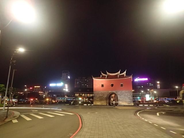 P8246910.JPG - 夜遊台北城之  北門