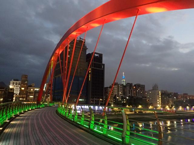 P1264307.JPG - 松山  彩虹橋之夜