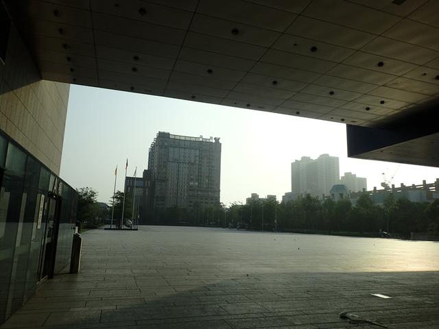 P5127476.JPG - 台中  新市政大樓  晨光
