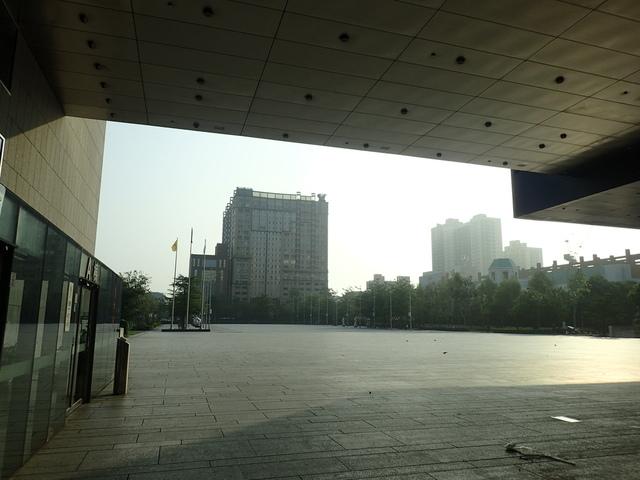 P5127477.JPG - 台中  新市政大樓  晨光