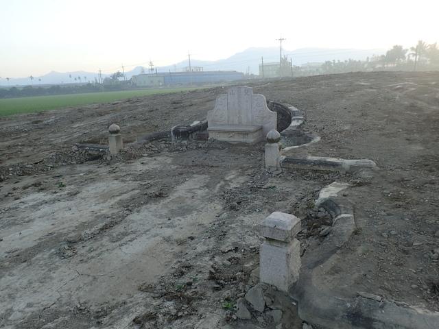P2075382.JPG - 萬丹  太學生  李寵夫墓