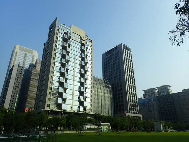 P5127493.JPG - 台中  新市政大樓  晨光