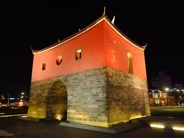 P8246935.JPG - 夜遊台北城之  北門