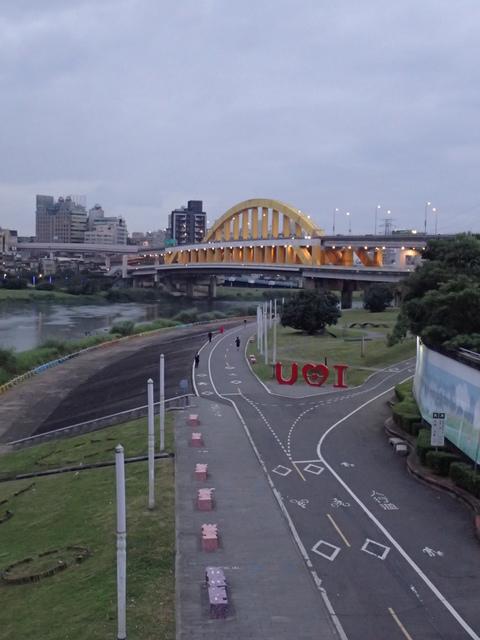 P1264246.JPG - 松山  彩虹橋之夜