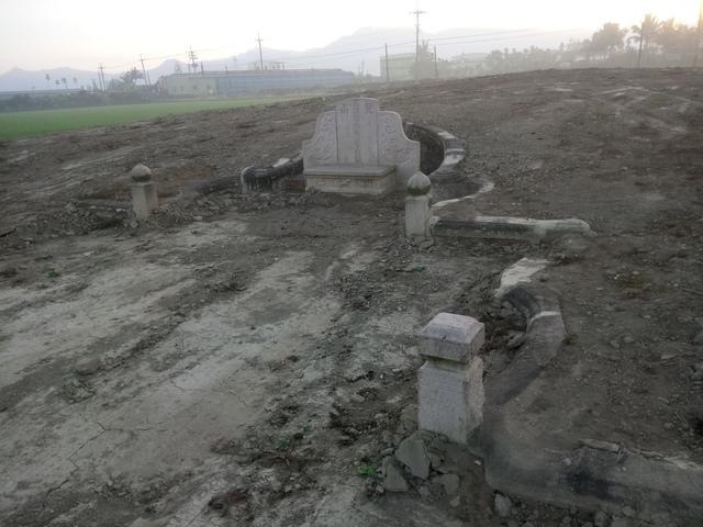 DSC_4358.JPG - 萬丹  太學生  李寵夫墓