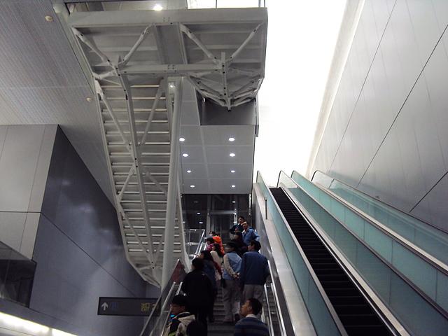 DSC04803.JPG - 機場捷運  台北車站