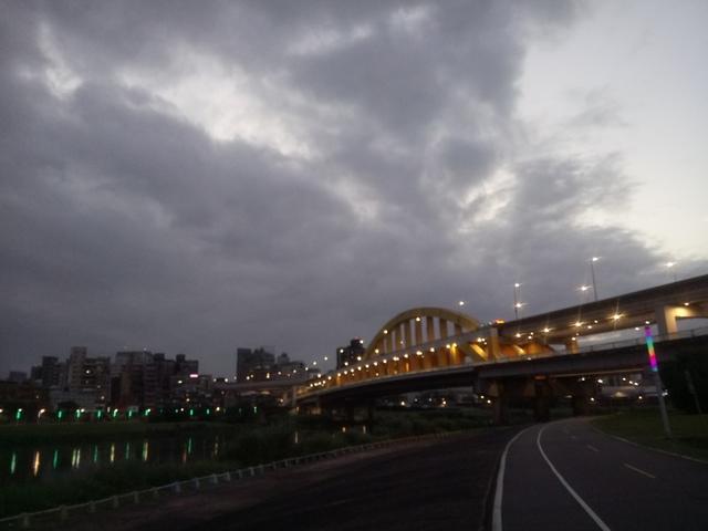 DSC_3511.JPG - 松山  彩虹橋之夜