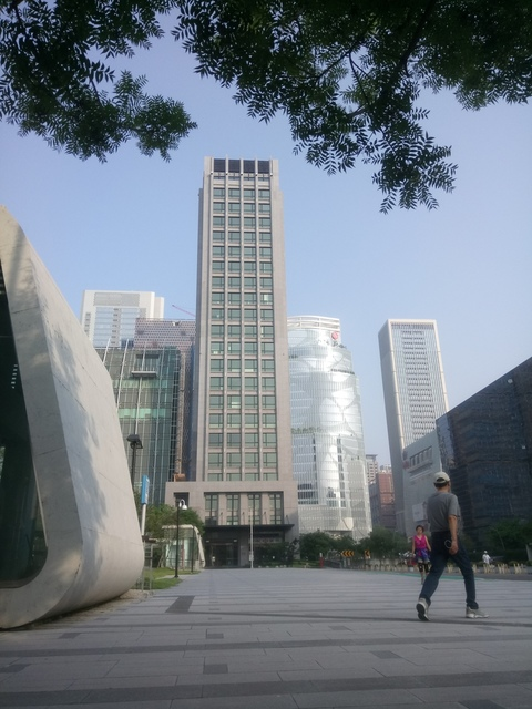 DSC_1351.JPG - 台中  新市政大樓  晨光