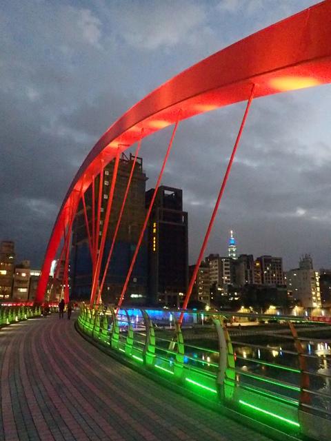 P1264311.JPG - 松山  彩虹橋之夜