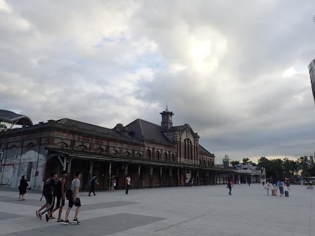 P6261053.JPG - 台中  舊火車站  建築巡禮