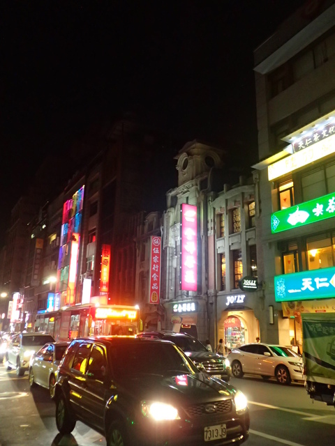P8247025.JPG - 夜遊台北城之  榮町通