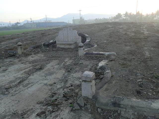 P2075384.JPG - 萬丹  太學生  李寵夫墓