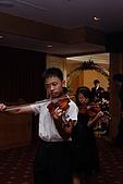 小叔訂婚結婚篇,表妹結婚篇:拉小提琴進場.JPG