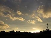 天空:天色